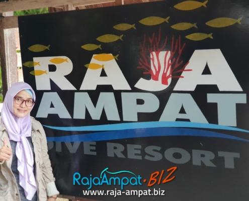 PAKET TOUR RAJA AMPAT